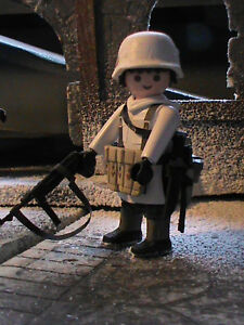 PLAYMOBIL-CUSTOM-SUBOFICIAL-WEHRMACHT-ARDENES-1944-REF-0540-BIS