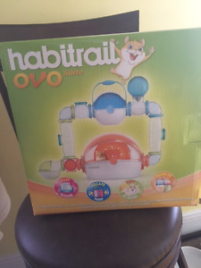 New in Box Habitrail Ovo Suite and Small Animal Bedding (20 l)