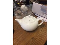 6 WEDGWOOD CONNAUGHT BONE CHINA TEAPOT 14OZ / 40CL