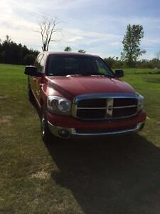 2006 DODGE RAM 1500 MEGA CAB PARTING OUT Peterborough Peterborough Area image 1