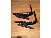 Table tennis net and butterfly clips
