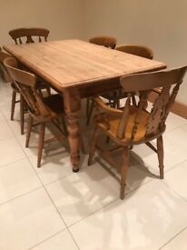 Solid Kitchen Table with 6 Chairs £100