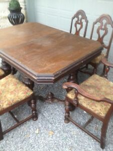 Solid Thick Wood Dining Set Kitchen Table Chairs Antique Carved Oakville / Halton Region Toronto (GTA) image 2