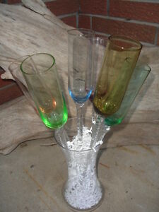 ~ RAINDROP CHAMPAGNE/WINE FLUTE GLASSES WITH GLASS VASE ~ $79.99