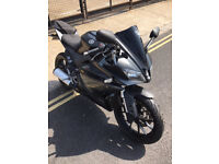 2014 ABS Yamaha YZF R-125 r125 in Black great condition