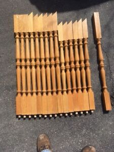 43 Solid oak spindles -GOOD condition!