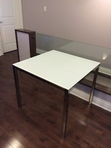 IKEA TORSBY glass dining table (perfect and clean condition)