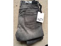 NEW with tag - Reiss designer jeans - Farrah grey high waist skinny - size UK6 - zip ankles