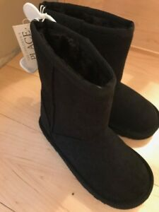 Girls brand black boots $20-size 11 with tags still on