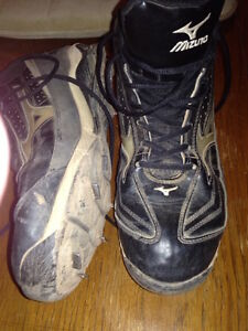 FURTHER REDUCED!! Mizuno Steel Baseball Cleats Size 11