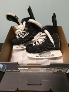 Bauer hockey skate US Y9.0/UK Y8.5