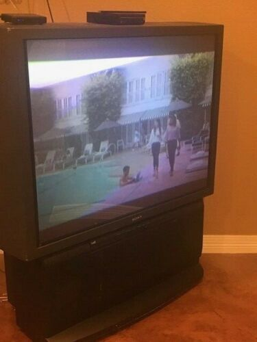 Sony 52 inch Rear Projection Television