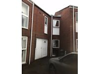 Well Presented 3 Bed Property Concord Washington - £510 pm