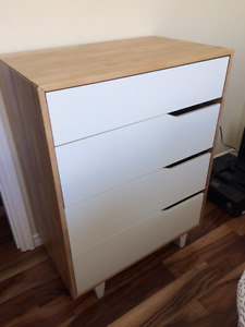 Solid IKEA dresser very good condition