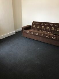 Two Bed Flat in High Street Location