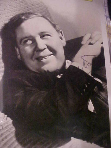 """CHARLES LAUGHTON - AUTHENTIC AUTOGRAPHED SIGNED  7"""" X 5"""" PHOTOGRAPH"""