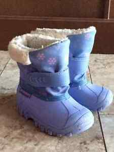 Toddler Girls Winter Boots, size 8