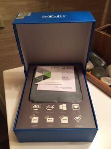 ANDROID 2017 TV Box+ Mini PC 4GB/32GB + Keyboard LOADED!