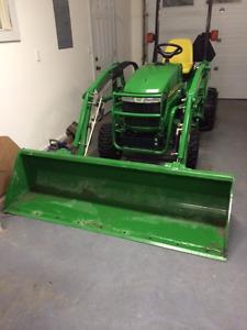 John Deere 2305 Tractor for sale