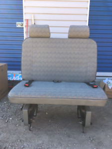 Eurovan middle bench seat and Gowesty 3 point seatbelt