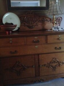 solid oak sideboard London Ontario image 1