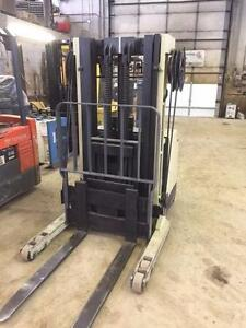 Walkie Reach machine - Crown 3000lb - it will go through any door!
