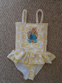 Frozen girls swimsuit 3-4 years,new without tags-can post