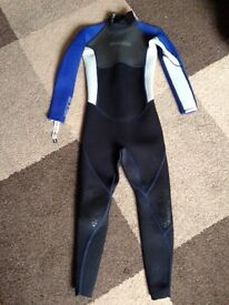 Gul Contour Wetsuit Junior Large Great Condition £20