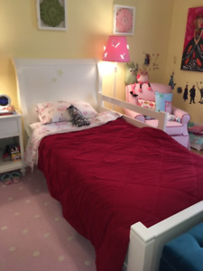 Pottery Barn Girls Bedroom Set