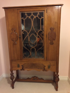 Dining Room Hutch - Solid Mahogany - Like New