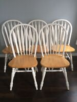 7 DINING ROOM CHAIRS AND FREE TABLE