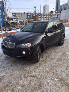 2009 BMW X5 4.8i Sport Package, Panoramic, Nav, DVD, Heads-Up