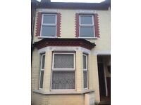 3 bed room house to rent in dallow road
