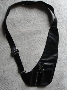 sac Danier unisexe noir neuf  tout en cuir