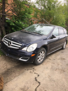 2007 Mercedes Benz R350 4matic (NEEDS TIMING CHAIN)