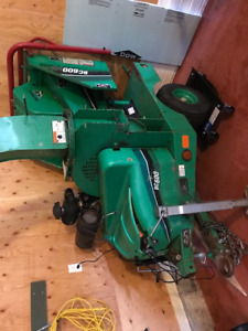 """2011 Vermeer BC600XL 6"""" Towable S/A Wood Chipper"""