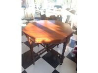 Antique (Edwardian) Walnut Octagonal Table in a very good condition