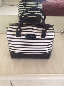 **Kate Spade Black & White Striped Purse Like New!**