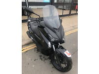 2014 Yamaha YP125-R X-MAX yp 125 r xmax in Black great condition