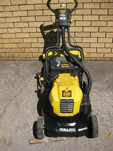 TALON OPTIVA 550 Key Start 4 stroke mower and catcher Thornleigh Hornsby Area Preview