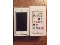 APPLE IPHONE 5S 32GB WHITE UNLOCKED BOXED W CHARGER