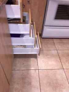Excellent Condition Kitchen Cabinets &  Countertop West Island Greater Montréal image 6
