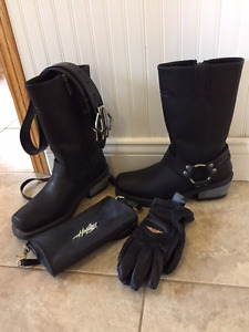 Harley Davidson and motorcycle gear multiple items