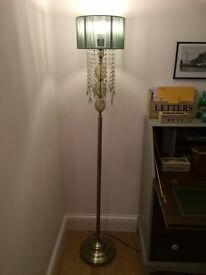 Vintage style floor lamp - excellent condition