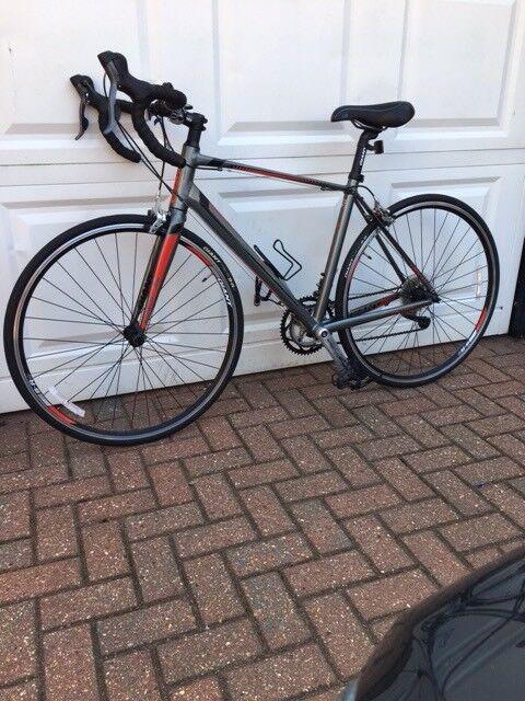 Ladies Racer Bicycle Giant Defy 5 Medium In Eastbourne