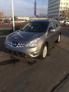 2013 Nissan Rogue SV PRIVATE SALE, NO GST!
