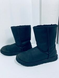 *UGG -bottes femme - Authentic taille 8 ( Impermeable )*