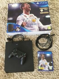 PS4 Slim 500GB FIFA 2018 addition