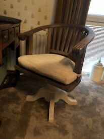 Beautiful desk and office chair. A very elegant reproduction desk, with substantial chair.