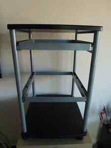Mobile filing cart with two hanging drawers